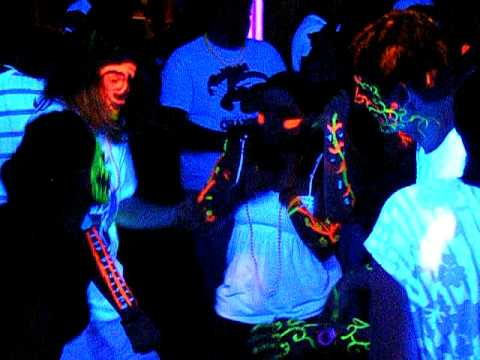 """""""Dude, check out my fluorescing proteins!  I'm totally tripping balls!"""""""