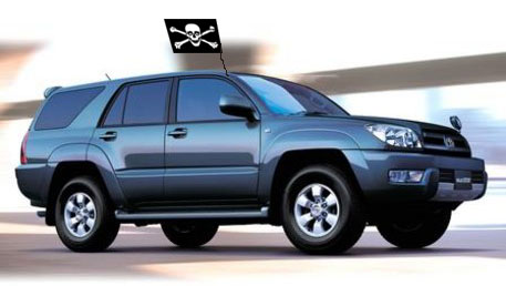 Toyota Surf, a pirate's ride of choice.